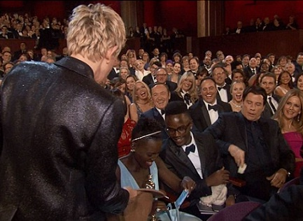 Ellen asking for tip money for the pizza guy at the Oscars